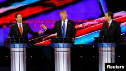 'Yan Republican uku dake neman jam'iyyar ta tsayar dasu takarar shugaban kasa: Daga hagu Rubio, na tsakiya Trump da na dama Cruz