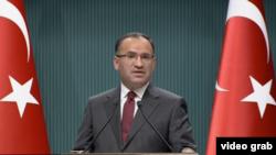 Bekir Bozdag, wakil Predana Menteri Turki (Photo: VOA/Videograb)