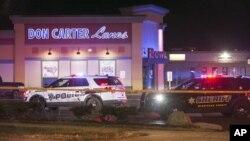 Policija na mjestu napada u Rockfordu, u Illinoisu, 26. decembar 2020. (Foto: Scott P. Yates/Rockford Register Star via AP)