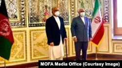 د افغانستان د بهرنیو چارو سرپرست وزیر له خپل ایراني سیال جواد ظریف سره