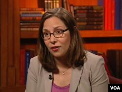 民主党总统候选人克林顿竞选阵营的外交政策顾问劳拉·罗森伯格(Laura Rosenberger)