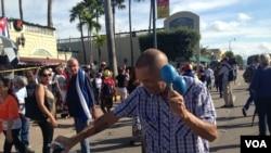 Fidel Castro is dead. Cubans in Miami celebrate