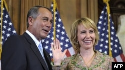 John Boehner ve Gabrielle Giffords