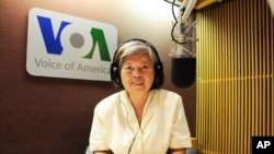 Retired VOA Khmer staff Ang Khen, on 'Hello VOA' on Monday.
