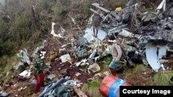 Bangkai helikopter yang diduga MI-17 milik TNI AD di Pegunungan Bintang, Papua. (Courtesy: TPNPB-OPM)