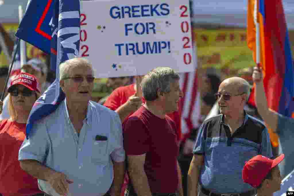 صدر ٹرمپ کا مقابلہ سابق نائب صدر جو بائیڈن سے ہے اور دونوں اُمیدوار 29 ستمبر کو صدارتی مباحثے میں ایک دوسرے کا سامنا کر چکے ہیں۔