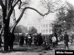 سنت برگزاری مراسم عید پاک در کاخ سفید به ۱۴۰ سال پیش باز می گردد