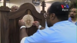 Philadelphia Prison Inmates Make Chair for Pope Francis