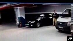 رسانه های ترکیه خبر دادند که پلیس یک خودرو مرسدس بنز متعلق به کنسولگری عربستان را در یک پارکینگ پیدا کرده است.
