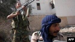 Chiến binh NTC vẫn đụng phải sự kháng cự mạnh tại thị trấn Sirte