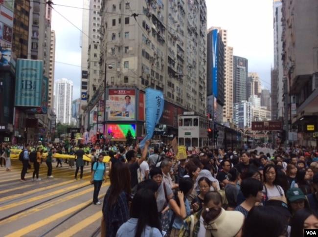 示威者:中国才是香港填海造地的最大受益者