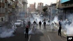 Tehran küçələrində dezinfeksiya aparılır