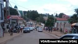 Les travaux de sécurité routière font polémique à Kinshasa
