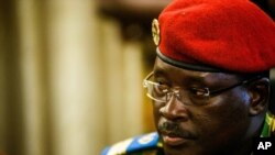 Isaac Zida, le Premier ministre de la transition, est issu des rangs de l'armée burkinabè.