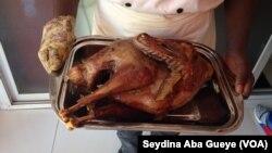 Le monde en vase clos du poulet sénégalais risque d'être bientôt chamboulé: par l'arrivée de KFC, géant américain du poulet frit, et par la levée envisagée de l'interdiction des importations.