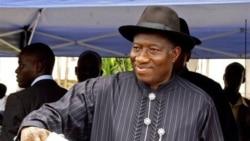 گودلاک جاناتان، رييس جمهوری نيجريه، در آرائی که تاکنون شمارش شده برنده است