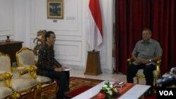Jelang pendaftaran Capres dalam pemilihan presiden 2014, Joko Widodo menghadap Presiden Susilo Bambang Yudhoyono untuk mengajukan surat cuti sebagai Gubernur DKI Jakarta, Senin 13 Mei 2014 (Foto: VOA/Andylala)