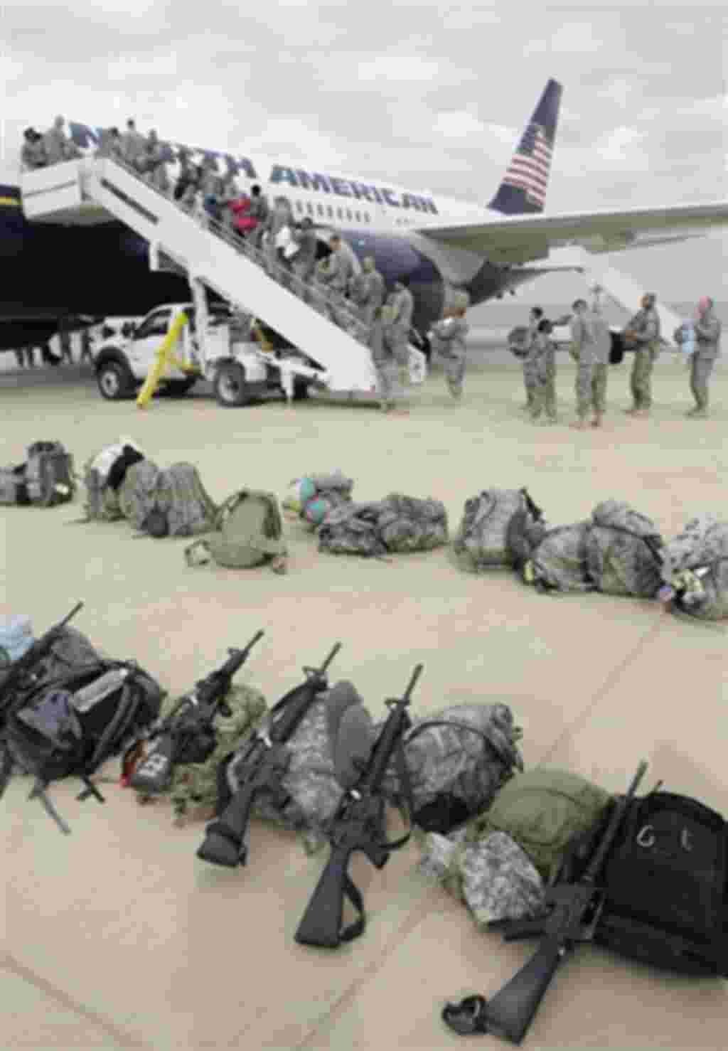 Después de ocho años y más de 4.000 soldados estadounidenses muertos, las tropas están de regreso.