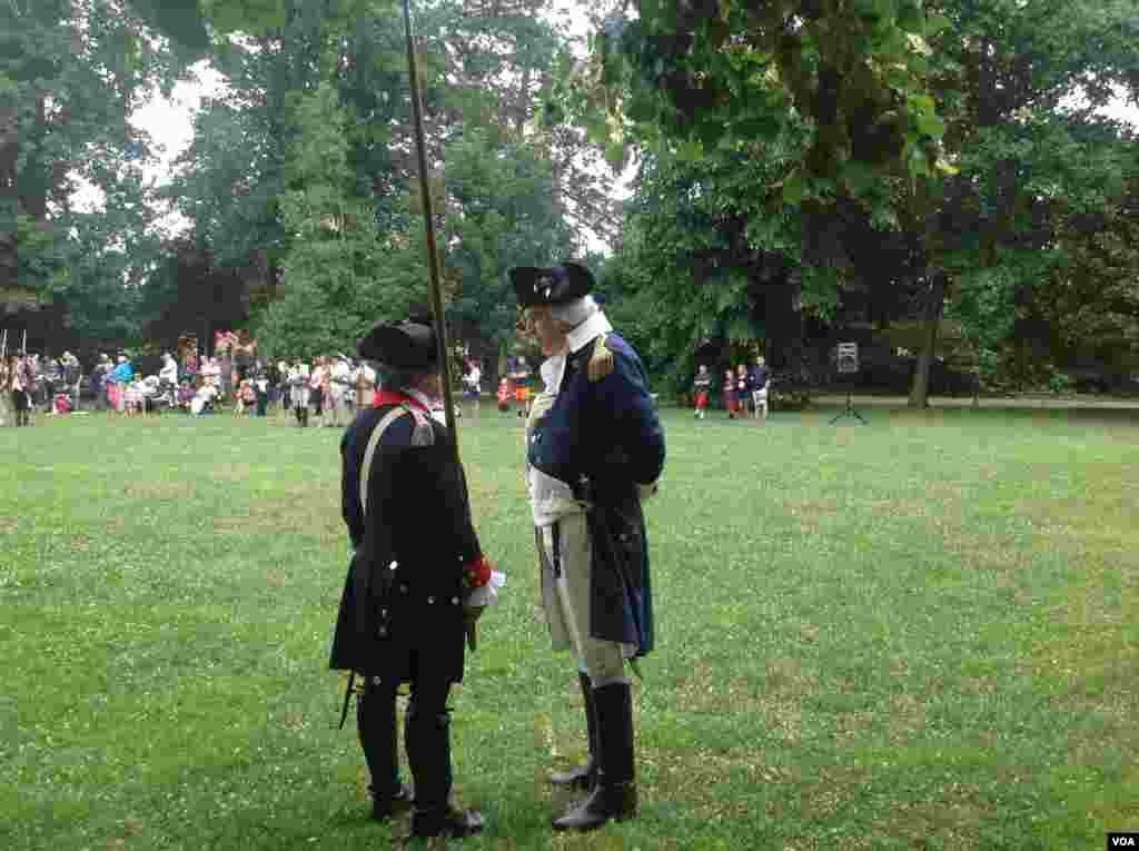 华盛顿准备检阅部队