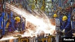 중국 허난성 정저우의 둥펑 자동차 공장.
