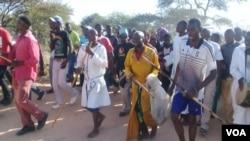 Bathwele 'umgobho' obanjwe edamu eGaranyemba ...