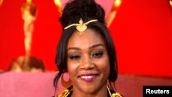 Tiffany Haddish wears a dress from designer from Eritrea in honor of her father