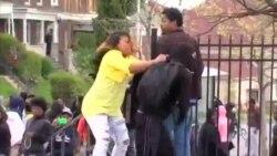 Oğlunu Döven Baltimorelu Anneye Övgü Yağıyor