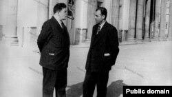 حسین مکی در کنار مظفر بقایی در مجلس شورای ملی
