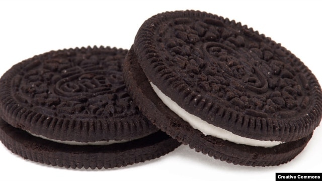 A new study says Oreo cookies can be as addictive as drugs to lab rats. (photo credit: Evan-Amos/Vanamo Media)