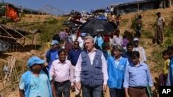 UNHCR အႀကီးအကဲ Filippo Grandi ဘဂၤလားေဒရွ္႕ ႏုိင္ငံ ေကာ့ဇ္ဘဇားေ၇ာက္ရွိ