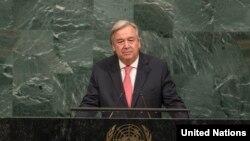 Generalni sekretar UN Antionio Gutereš za govornicom u UN