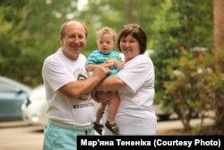 Філліп із бабусею та дідусем