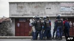 Affrontements entre la police nationale congolaise et des manifestants à Majengo, Goma, dans la province du Nord-Kivu, le 28 décembre 2018 .