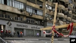 Blokirana ulica u blizini zgrade državne televizije u Kairu