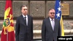 Predsjednik Crne Gore Filip Vujanović i predsjedavajući Predsjedništva BiH Mladen Ivanić tokom susreta u Sarajevu.
