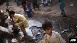 В мечети в Пакистане взорвана бомба