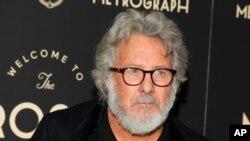 Un canoso Dustin Hoffman asiste a la inauguración del teatro Metrograph en NY, el 2 de marzo de 2016. Investigadores que descubrieron un gen que revela la propensidad de las personas a tener canas, dicen que la gente de origen europeo tiene más predisposición a las canas.