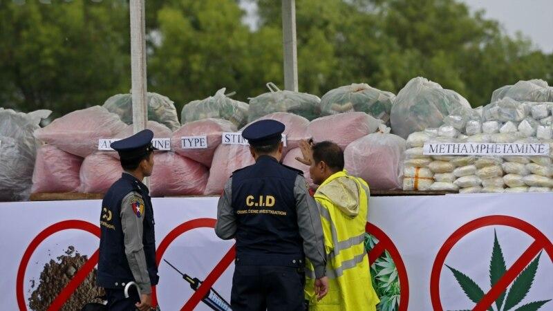 فلپین هره ورځ د مخدراتو ۳۶ کاروباریان وژلي