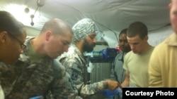 میجر کمل کالسی افغانستان کے صوبہ ہلمند میں خدمات سرانجام دے رہے ہیں۔
