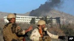 Сотрудники правоохранительных органов у гостиницы Intercontinental. Кабул, Афганистан. 21 января 2018 г.