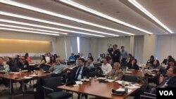 亚美法律援助处举行新报告发布记者会(美国之音方冰拍摄)
