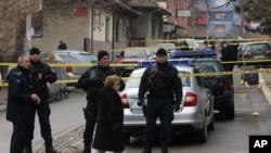 科索沃警察封鎖了塞族政治人物奧利弗伊萬諾維奇被槍殺的現場 (2018年1月16日)