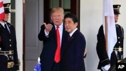VOA连线(乔栈):特朗普总统即将访日,经贸与安全或为重点