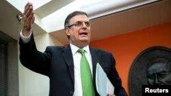 El canciller de México, Marcelo Ebrard, dijo a periodistas el martes 4 de junio de 2019 que espera poder avanzar en la solución a la disputa sobre aranceles y el tema migratorio con EE.UU.