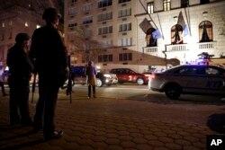 法國發生恐怖襲擊後,紐約市立即加強安全戒備。