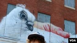 Gaia izradio jedan od prvih murala u Station North Districtu, u Baltimoreu