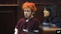 戲院槍擊案疑兇詹姆斯‧霍爾姆斯星期一再次出庭