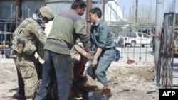 U napadu na postaju paravojnih snaga pod pokroviteljstvom vlade u Avganistanu stradalo bar 8 pripadnika tih snaga