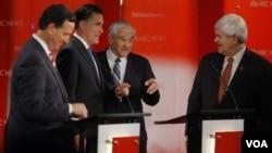 Rick Santorum, Mitt Romney, Ron Paul y Newt Gingrich, cuatro candidatos con diferentes posibilidades.
