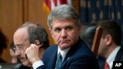 El representante Michael McCaul, republicano por Texas, es visto en una reunión de la Comisión de Relaciones Exteriores el 23 de octubre de 2019.
